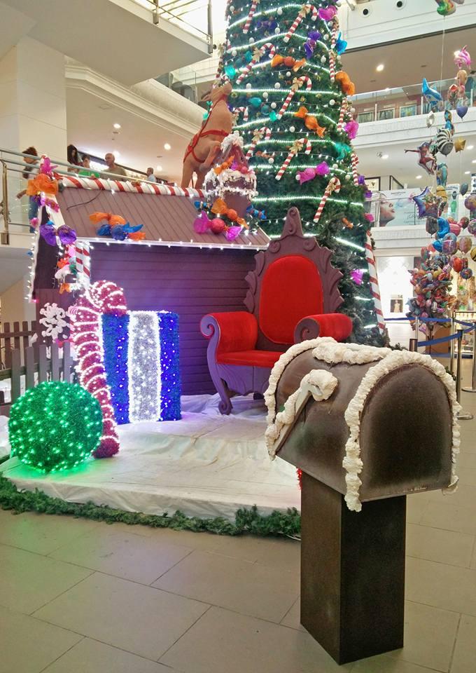 arbol de navidad centro comercial deiland lanzarote visita de papa noel