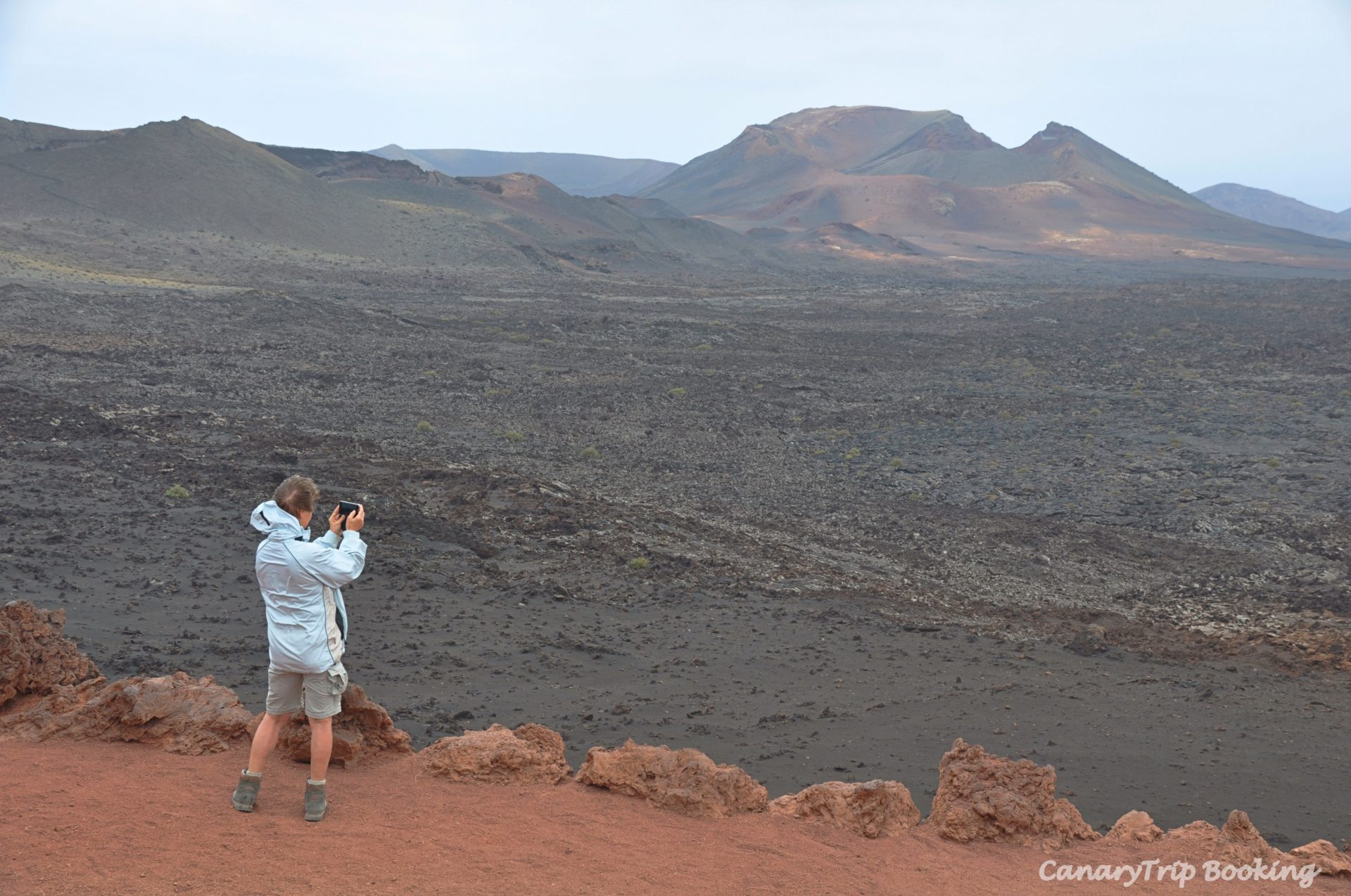 mar-de-lava-timanfaya-canary-trip-booking
