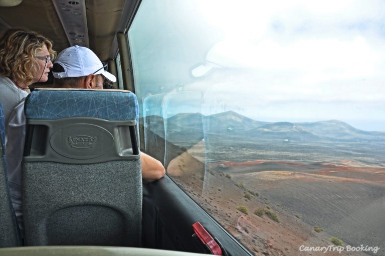 recorrido-bus-timanfaya-ruta-de-los-volcanes-canary-trip-booking