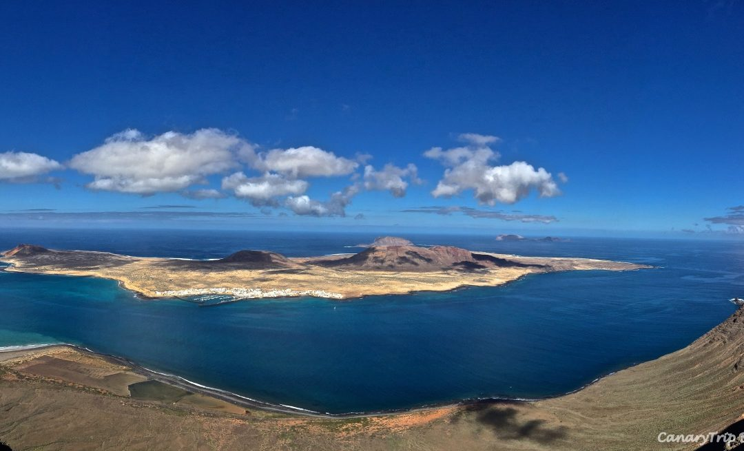 What to do in La Graciosa Island?  Find out this little paradise situated in the North of Lanzarote