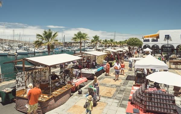 Mercado Playa Blanca