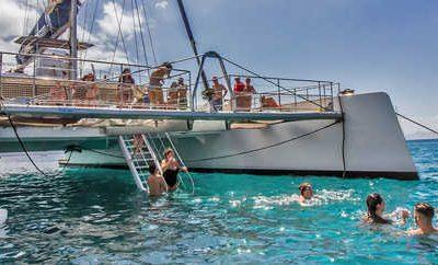 Enjoy the coast of Lanzarote in catamaran