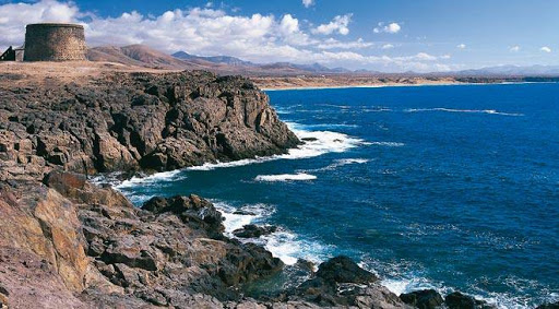 Charming villages of Fuerteventura: El Cotillo